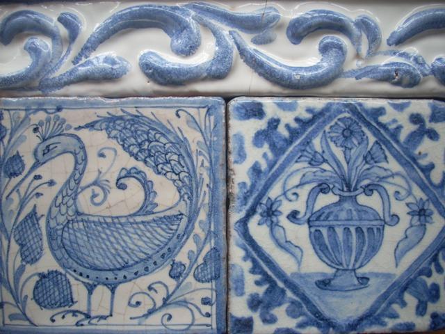 Rivestimenti rossi giampiero - Mattonelle in ceramica decorate ...