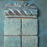 Listelli e mattonelle in ceramica