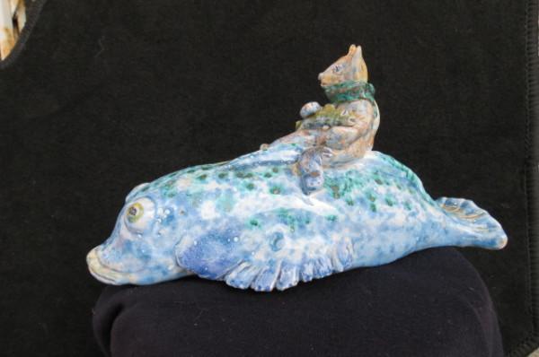 Statua in ceramica fatta a mano pesce e gatto