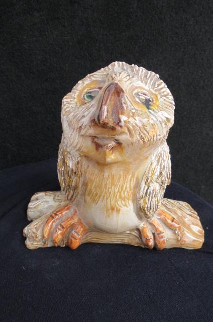 Gufotto in ceramica con dettagli in oro