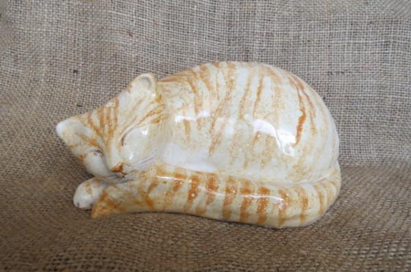 Gattino tigrato dipinto a mano in ceramica