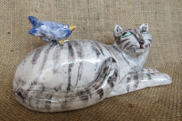 ceramiche dipinte a mano gatto con uccellino