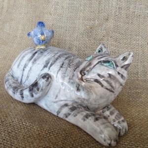 ceramiche dipinte a mano gatto con uccellino 2