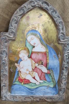 Madonna con bambino fondo oro, cornice terracotta